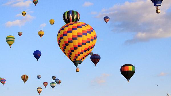 Image - Sunday  Ballooning Festival